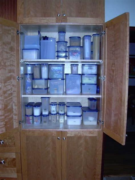 tupperware kitchen storage set 247 best images about tupperware on pasta 6395