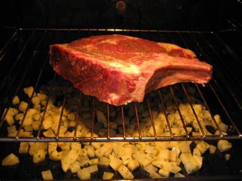 comment cuisiner une cote de boeuf au four cote de boeuf au four chez requia cuisine et