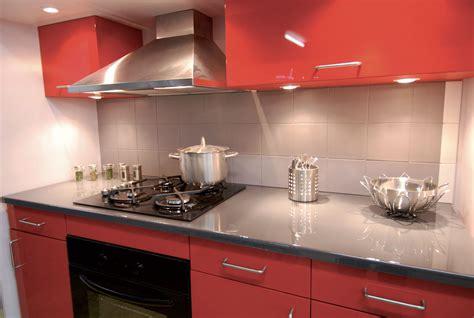 cuisine laqu馥 grise cuisine grise et pas cher sur cuisine lareduc com