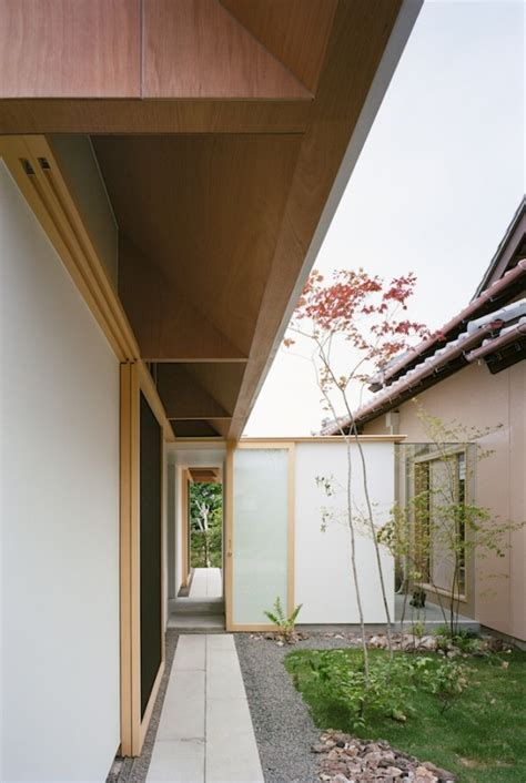 Japanese Minimalist Home Design by Japanese Minimalist Home Design