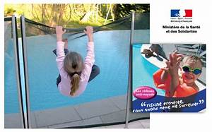 acces limite et securite garantie barriere souple With barriere de securite piscine beethoven 13 beethoven prestige barriare de securite piscine center net