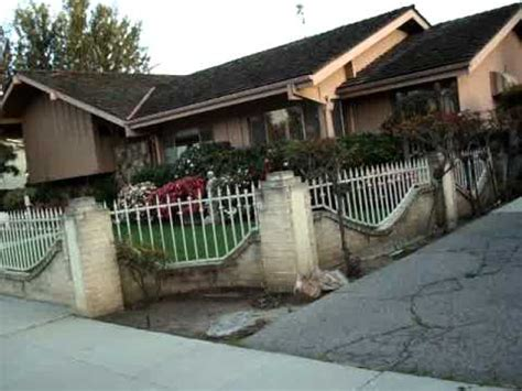 what does the of the interior do set brady bunch house up