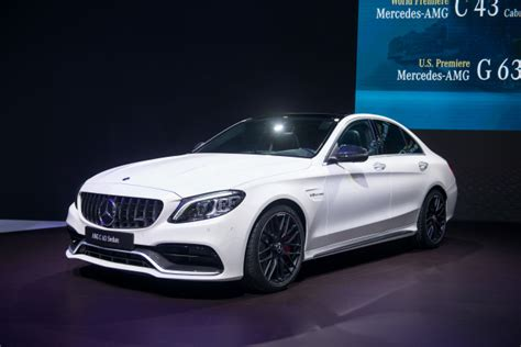 Update Motor Show 2019 : 2019 Mercedes-amg C63 Gets Numerous Updates, But No Extra