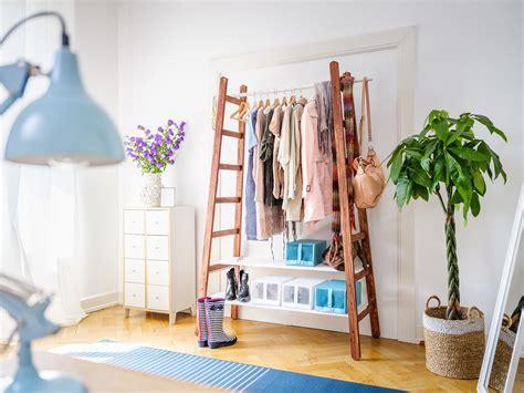 leiter selber bauen upcycling leiter garderobe garderobe diy kleiderschrank garderobe und garderobe selber machen