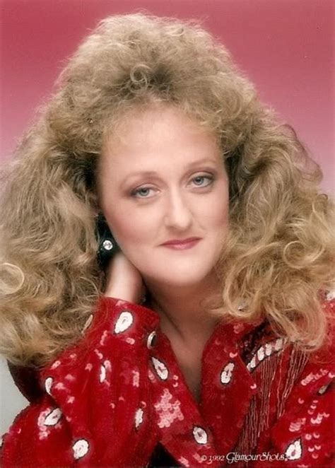 awesomely awkward glamour shots    unseen