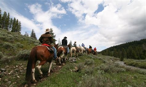 yellowstone riding horseback park national trail trails horse mountain guide guides rides maps summer