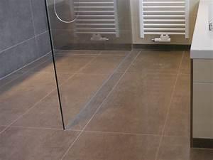 Bodengleiche Dusche Fliesen Verlegen : bodengleiche duschen fliesen middel ~ Orissabook.com Haus und Dekorationen