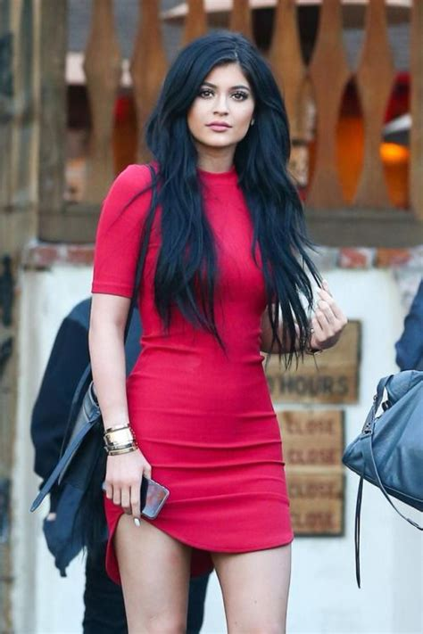 22 Best Outfits of Kylie Jenneru0026#39;s Street Style Fashions 2016