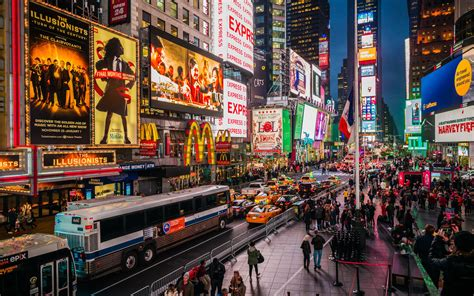 new york city just saw its highest number of tourists yet travel leisure