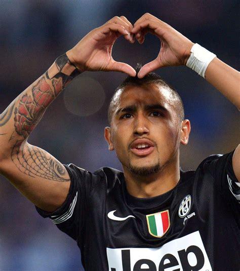 tatouage arturo vidal tous les tattoos du footballeur