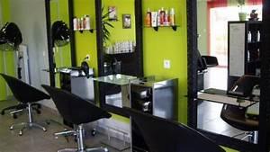 Mobilier Salon De Coiffure : astuces pour choisir son salon de coiffure coiffure passion ~ Teatrodelosmanantiales.com Idées de Décoration