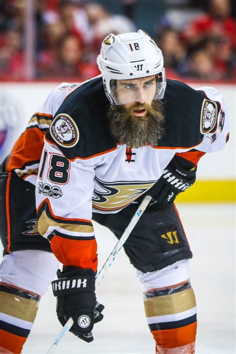 ducks  sign patrick eaves   year deal