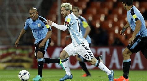 Messi goal earns victory for Argentina in World Cup ...
