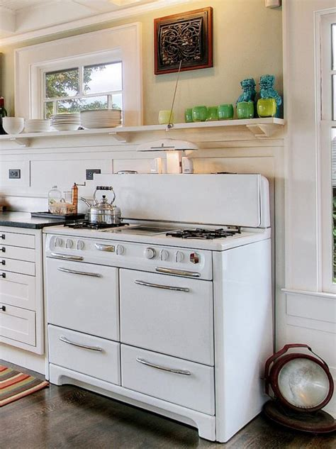 vintage kitchen cabinets salvage remodeling your kitchen with salvaged items diy