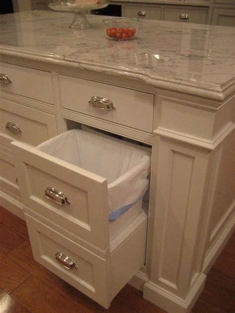 small kitchen with cabinets http ths gardenweb forums kitchbath msg101054168173 8104