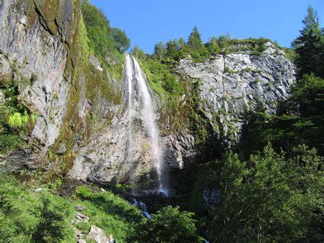 pr 233 sentation la grande cascade au mont dore p 233 riode d ouverture de la grande cascade