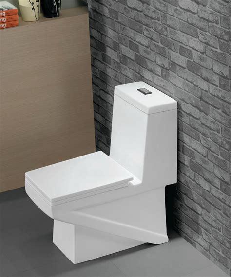 Lucido  Modern Bathroom Toilet