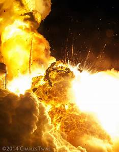 Antares Orb-3 Rocket Explosion and Frightening ...