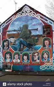 ira, paramilitary, memorial, mural, featuring, rpg, and, ira