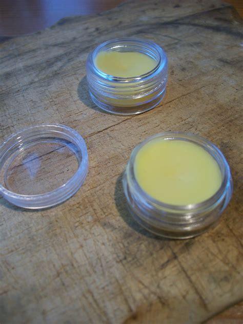 lipbalm selber machen diy lippenpflege selbermachen lipbalm diy kleine geschenke