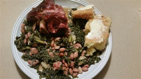 Add all seasonings except hot sauce and onion. Pressure Cooker Ham Hocks, Kale Greens and Pinto Beans - YouTube