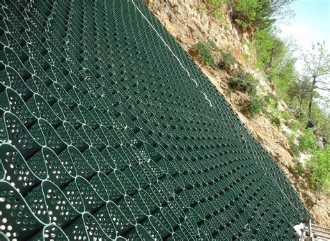 erosion on slopes cell tek geosynthetics load support erosion control blog