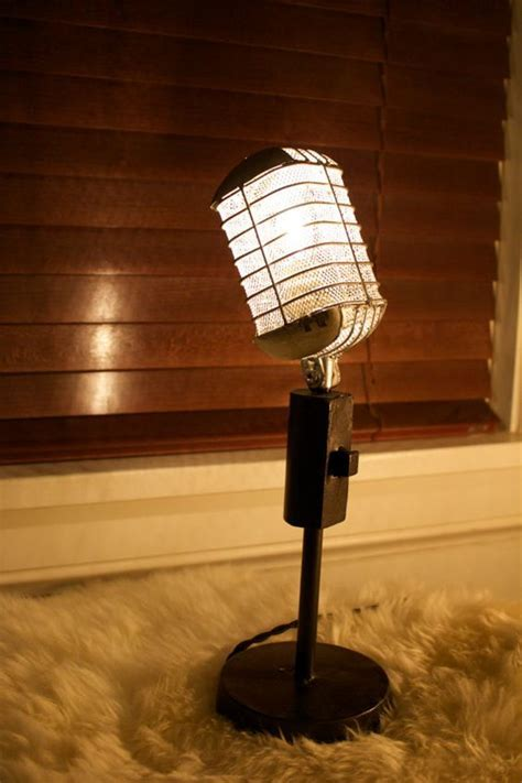 25 Creative Home Décor Ideas For Music Lovers   Shelterness