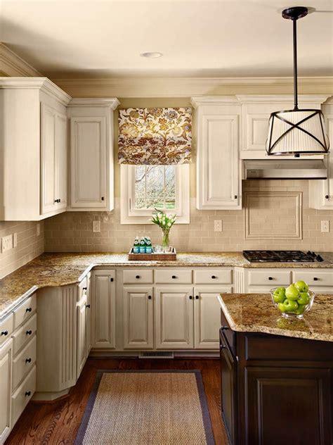 white vs ivory kitchen should white kitchen cabinets match