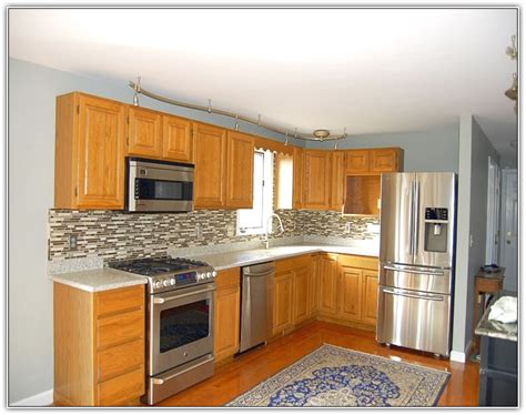paint color ideas for kitchen with oak cabinets kitchen paint colors with oak cabinets home design ideas