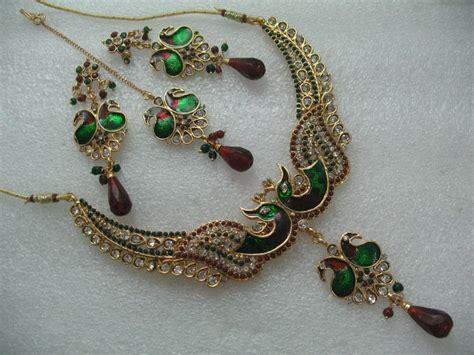khushrang colorful fashion boutique peacock necklace