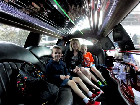 Limo Ride To Airport by Disney Cruise Line Vancouver Hotel Compare Contrast