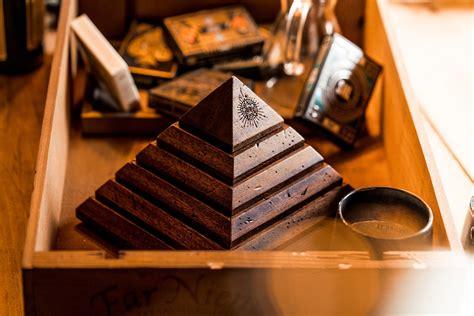 Pyramid Puzzle Box | theory11