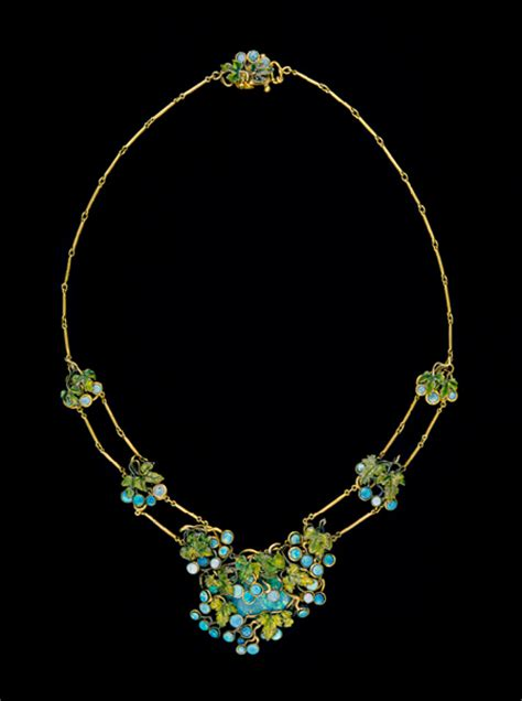 louis comfort tiffany ls necklace 1904 louis comfort tiffany wikiart org