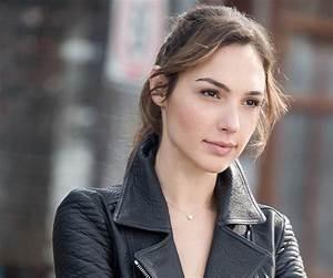 Gal Gadot Bio, Facts, Marriage & Family Life of Israeli Actress