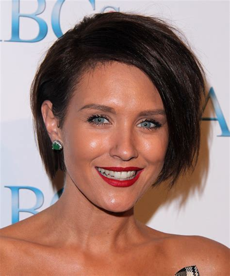 Nicky Whelan Hairstyles for 2017   Celebrity Hairstyles by