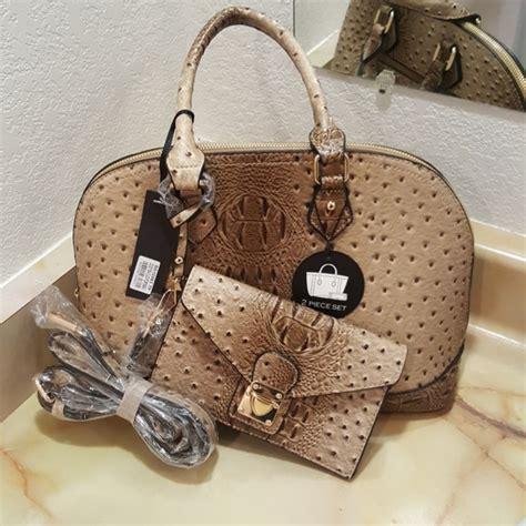 SUGU New York Bags | Nwt Sugu Vegan Leather Purse And ...