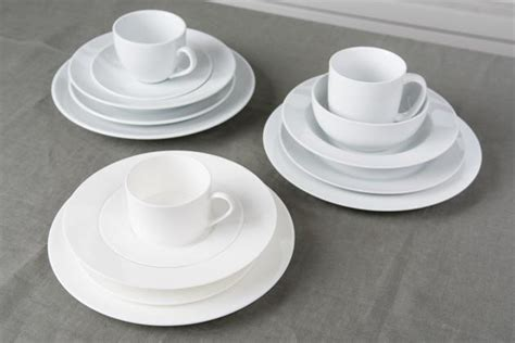 The Best Dinnerware Set: Reviews by Wirecutter   A New
