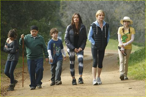 a modern family s day photo 415298 photo gallery just jared jr