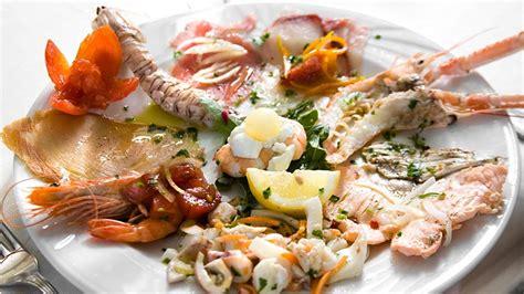 alimenti ricchi di proteine nobili proteine nobili pesce ricette con salmone io
