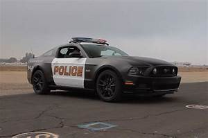 5-0! 2014 Ford Mustang GT Police Car on World's Fastest Car Show - Motor Trend WOT