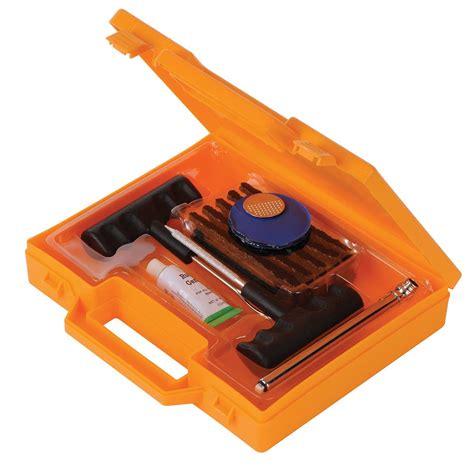 kit de reparation pour pneus auto tubeless avec  meches