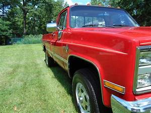 1987 Chevy K20 4x4 Pickup 2500 34