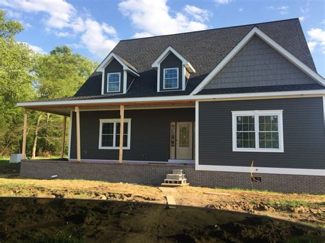vinyl siding and metal roof color combinations