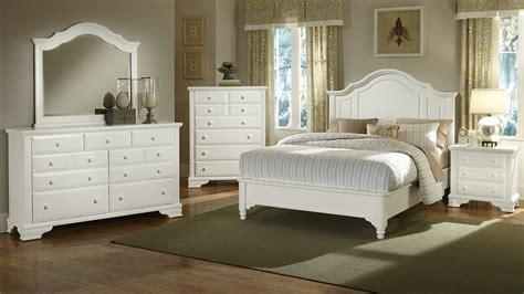 White Bedroom Furniture   Raya Furniture