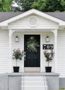 small white flowers 39 cool small front porch design ideas digsdigs
