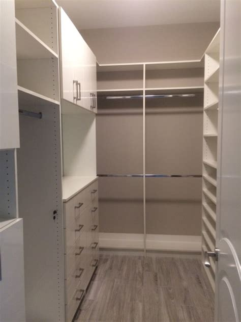 i m looking for a closet designer in south florida