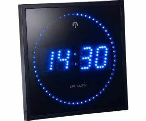 Horloge Murale Led : lunartec horloge digitale murale radiopilot e 60 led au meilleur prix sur ~ Teatrodelosmanantiales.com Idées de Décoration