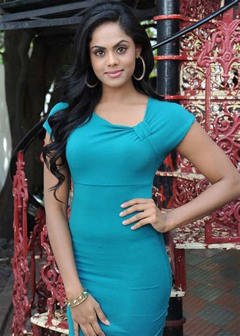 actress karthika details karthika nair height wiki biography biodata dob age