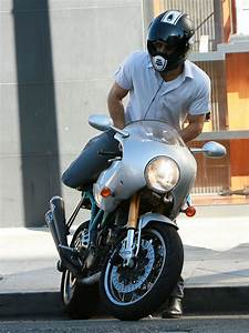 Photos of Ryan Reynolds on Motorcycle | POPSUGAR Celebrity