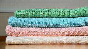 Babydecken Für Kinderwagen : babydecken aus merinowolle handgestrickt swiss made ~ Buech-reservation.com Haus und Dekorationen